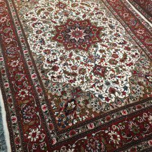 فرش دستبافت طرح اصفهان قلم